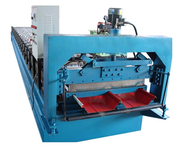 820 JCH roll forming machine